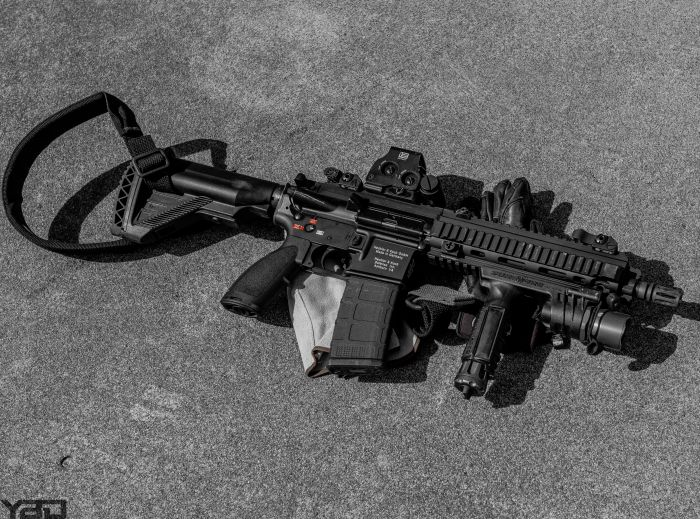 A Heckler & Koch 416 SBR with EOtech Holographic Sight.