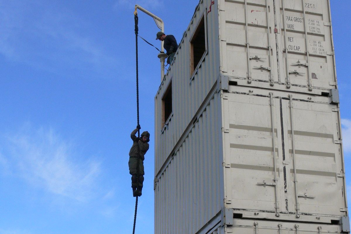 DHS Type I Advanced SWAT Fast Rope Exercise
